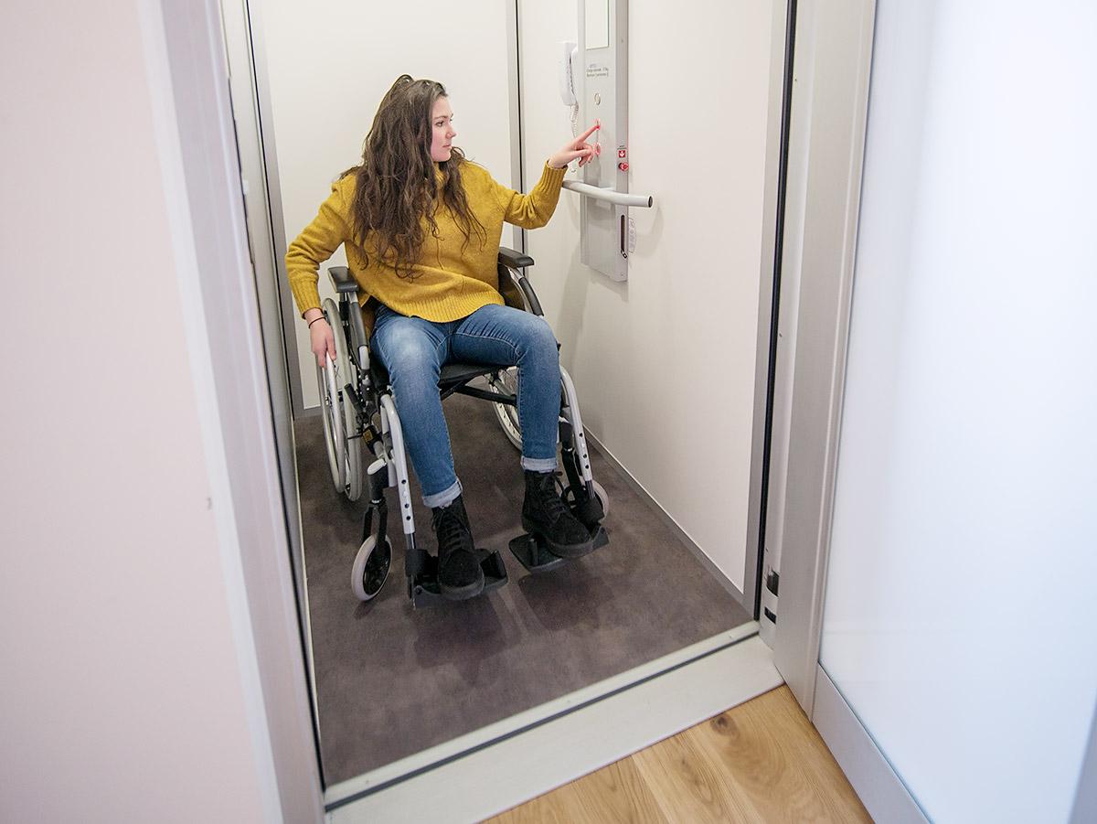 Ascenseur pour un 1er étage accessible PMR